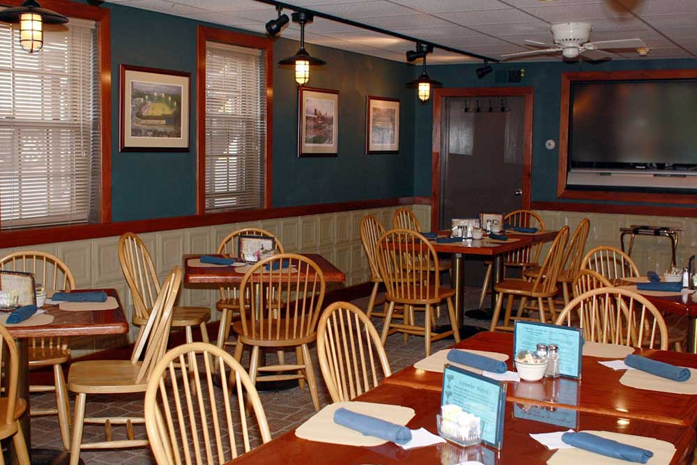 The Side Bar - Blvd Grill